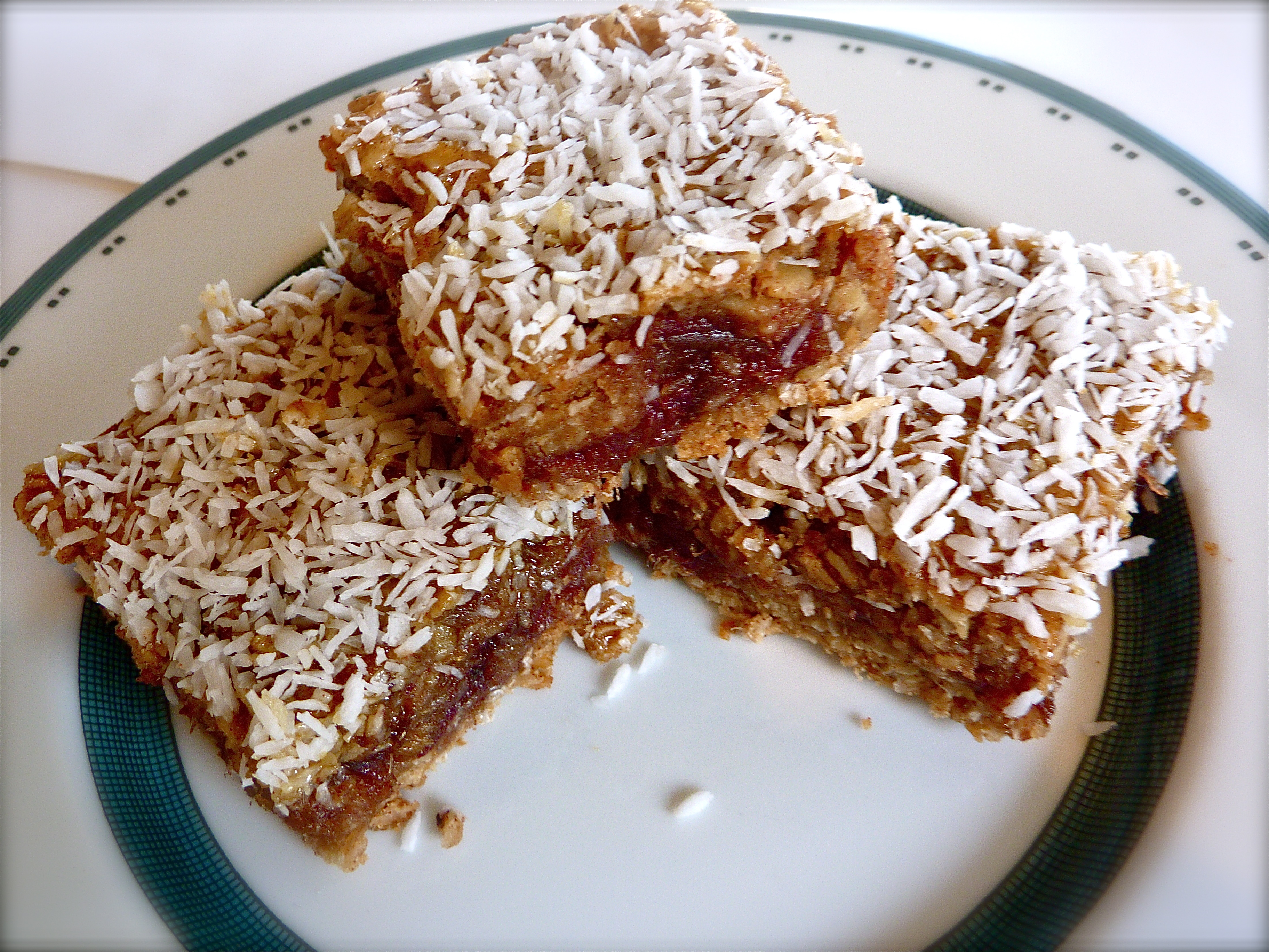 These Coconut Date Bars Will Satisfy Your Sweet Tooth, Naturally ...