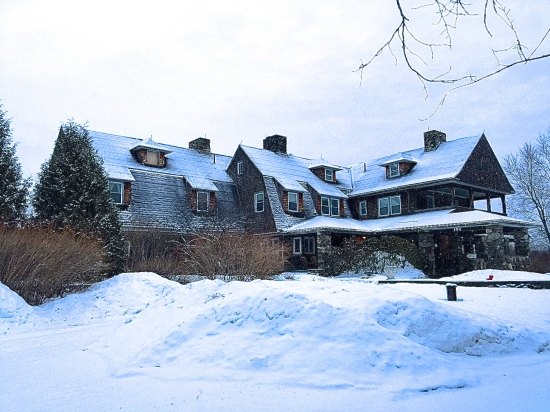 Main+House+in+the+snow